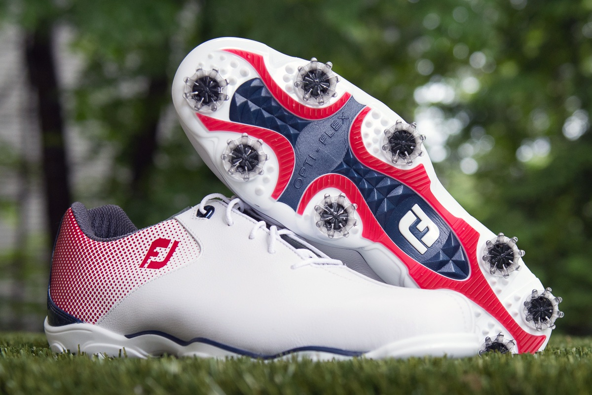 First Look – FootJoy D.N.A. Helix Golf Shoe