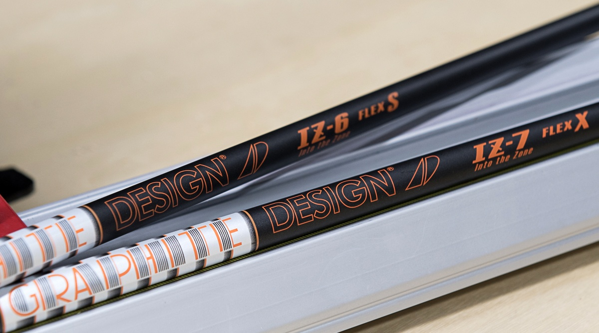 Graphite Design Tour AD IZ-104